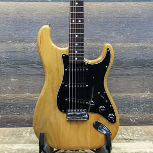 FENDER STRATOCASTER ROSEWOOD FINGERBOARD NATURAL 1979 ELECTRIC GUITAR W/CASE #S974550