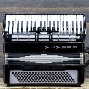 SONATA 120-BASS 41-KEY 5-TREBLE SWITCHES SMALL SIZE BLACK PIANO ACCORDION W/CASE