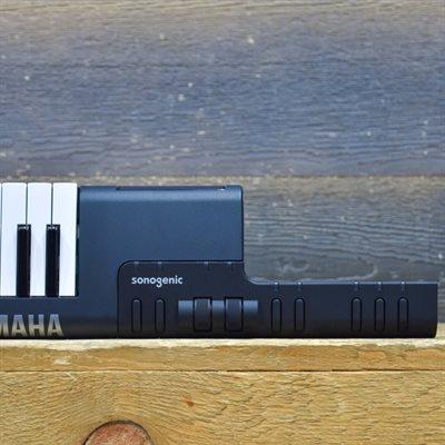YAMAHA SONOGENIC SHS-500 KEYTAR 30-VOICE 37-KEY BLACK DIGITAL KEYBOARD AVEC BOITE #CANEYZ01001